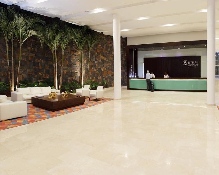 LOBBY ESTELAR En Alto Prado Hotel Barranquilla