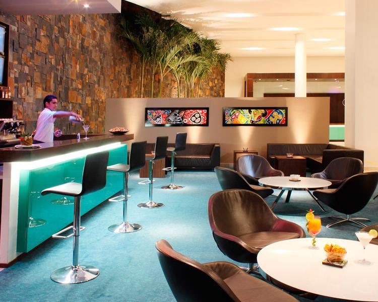 LOBBY BAR ESTELAR En Alto Prado Hotel Barranquilla